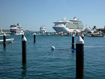 (English) Celebrity Infinity, Carnival Splendor and Mariner of the Seas.