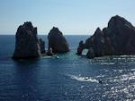 (English) El Arco de Cabo San Lucas, also known as Land\'s End, is a local landmark.
