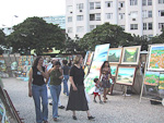 One day, as I was heading back to the hotel from the Ipanema beach, I came across this art market at Praca General Osorio.
