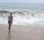 The water was fairly cold here, but I had to take a swim in the Pacific just for the sake of it. A few days earlier I had been swimming in the Atlantic in Rio de Janeiro.