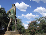 A statue of Livingstone stands close to the edge.