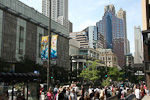 (English) The Magnificent Mile is the premier shopping area of the city.