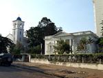 A church at Avenida Ahmed Sekou Toure.