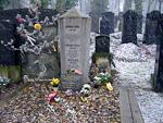 The grave of Franz Kafka.